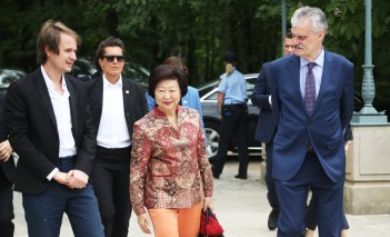 The wife of the President of Singapore in the Royal Łazienki Museum