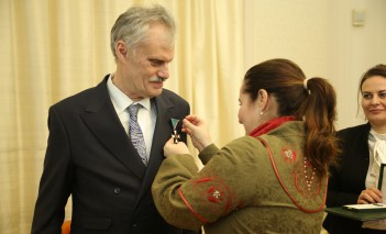 Director of the Royal Łazienki decorated by the president of Hungary